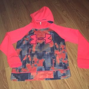 Boys Under Armour hoodie size s/m
